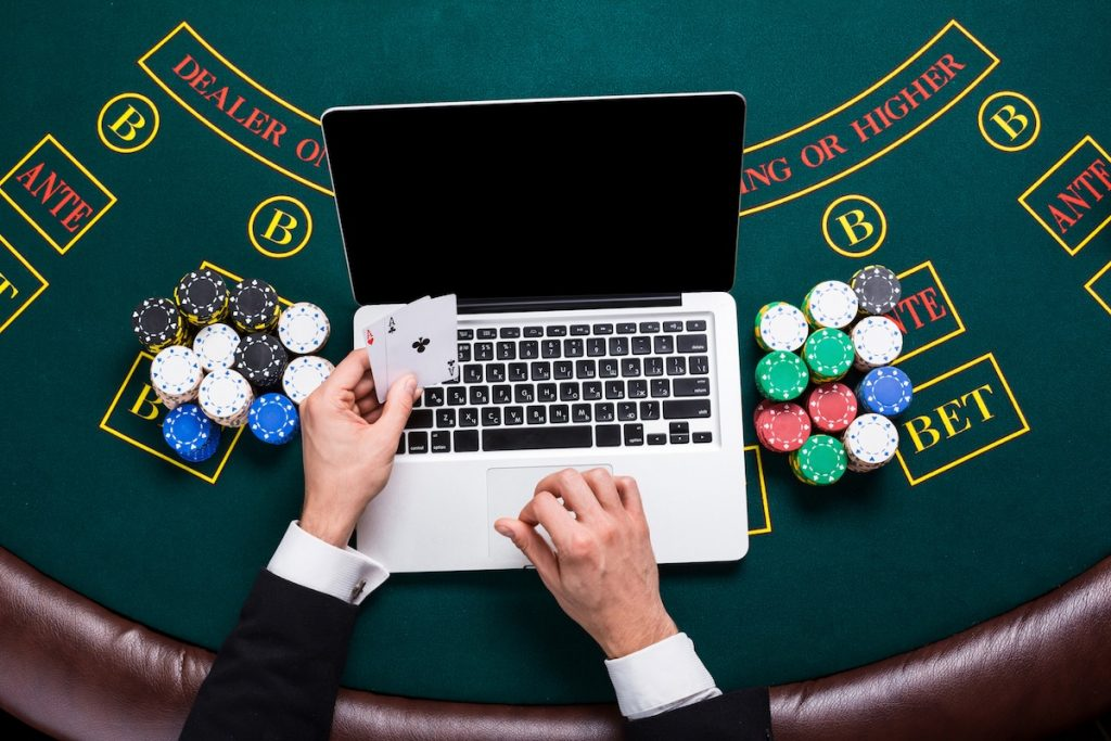 play your favorite game to earn easy online money