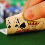 Interesting facts in playing online gambling games