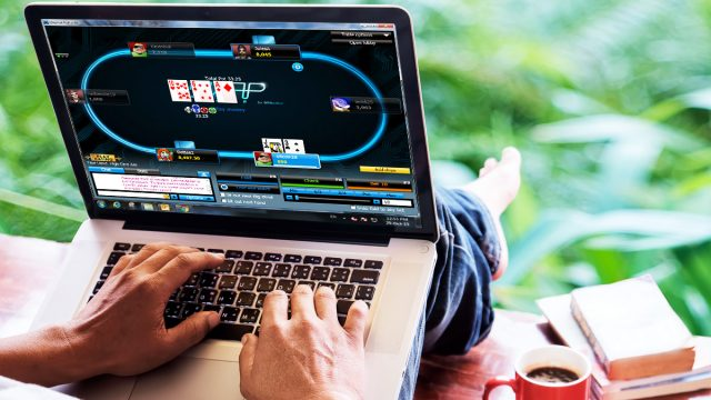Play the games effectively in online casinos by using different strategies.