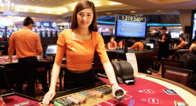 Pack Of Fun And Money Through Total Online Slots Games
